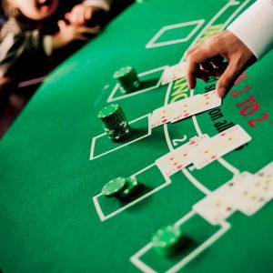 Stół do zabawy w black jack'a - organizacja imprez