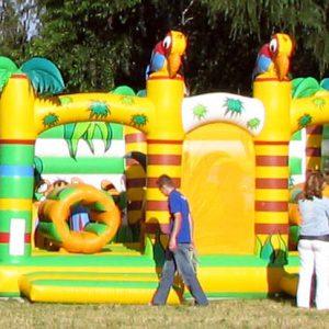 Plac zabaw Dżungla, Dmuchańce na imprezy plenerowe, Atrakcje dmuchane