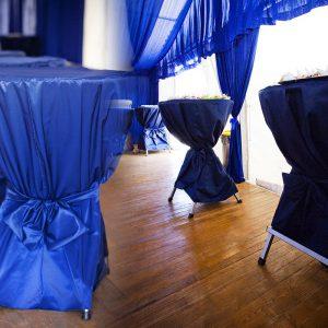 Stoliki okrągłe z nakryciem - organizacja imprez